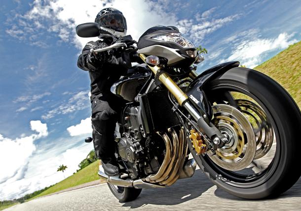 Hornet 1 Com visual renovado, Honda CB 600F Hornet 2012 chega este mês por R$ 30 800