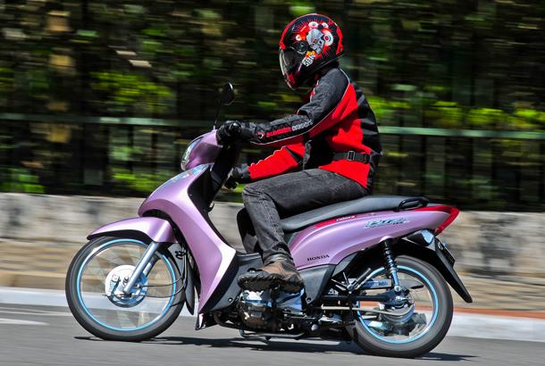 EPI201108 bestriders biz1063 Honda Biz 125 Flex, a opção mais econômica