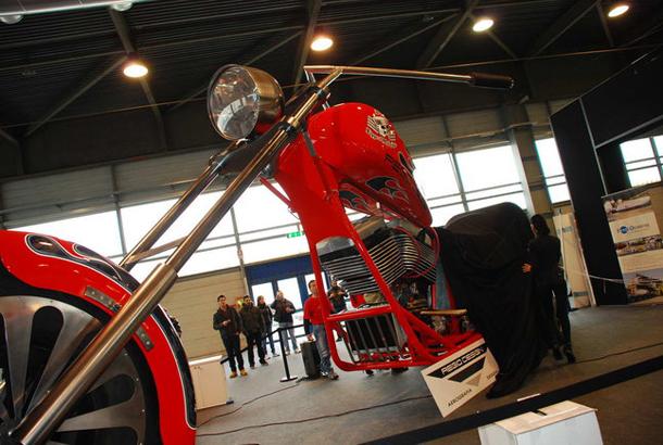 regio design al motor bike expo 2012 7 Salão de Verona apresenta a maior moto do mundo!