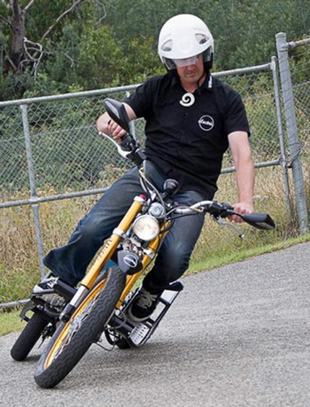 williams deliver e trike 10 Curiosidade: australiano inventa moto elétrica para carteiros